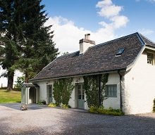 Ivy Cottage romantic short break Aldourie Castle Estate Loch Ness