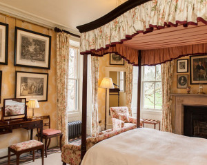four poster bed aldourie castle