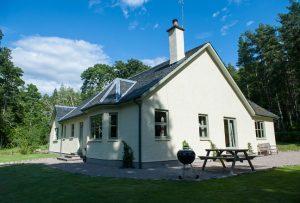 Exclusive use venues scotland luxury cottage aldourie estate