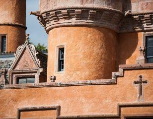 Castle Exterior Limewash Harl