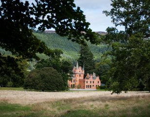 Aldourie Castle Estate