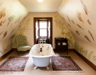 Wildlife Bathroom