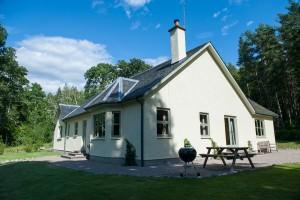Aldourie-Castle-loch-ness-51