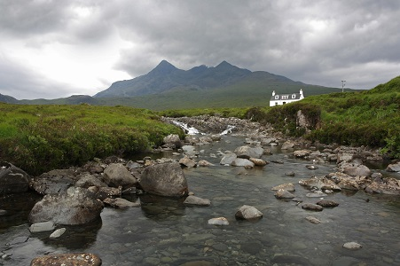 ALLT DEARG COTTAGE NEAR SLIGACHAN, Scottish Highlands