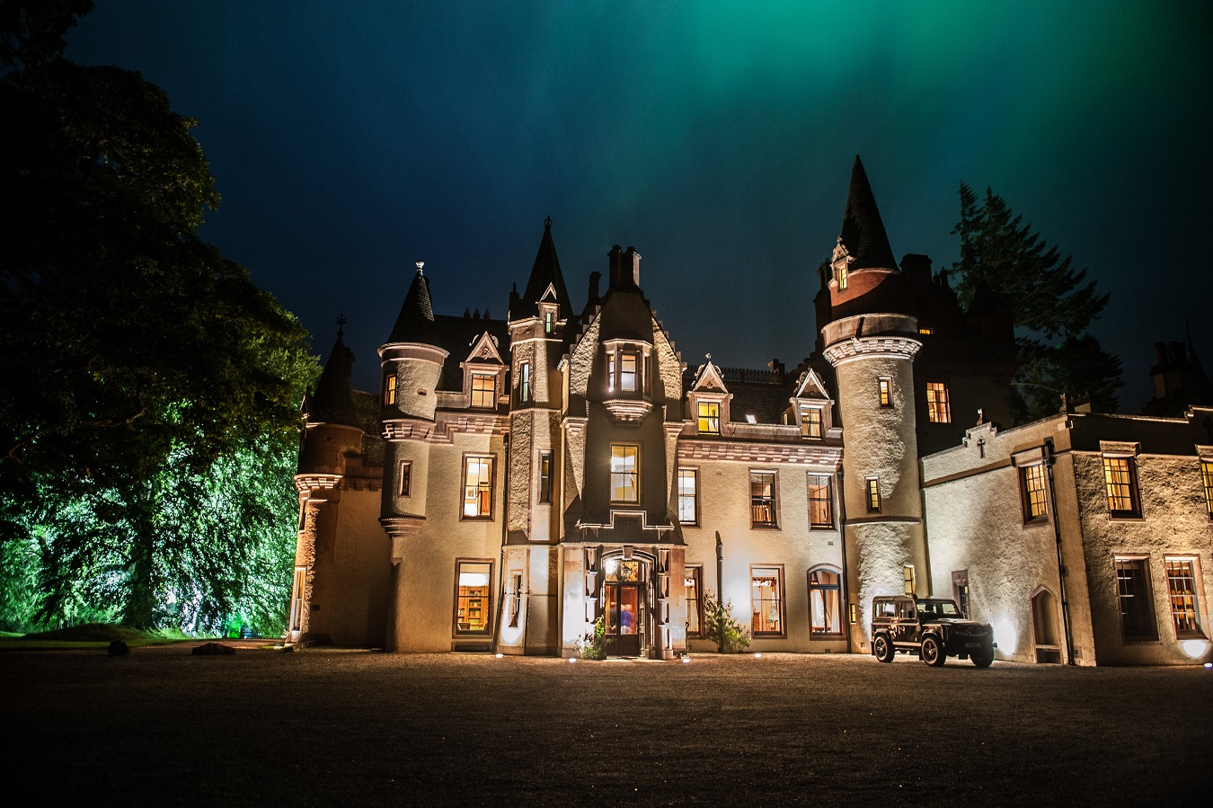aldourie castle exclusive hire property