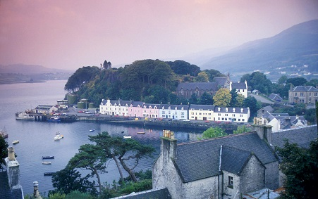 PORTREE SKYE, INNER HEBRIDES PIC Scottish Highlands