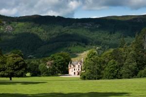 Aldourie Castle Scotland parkland