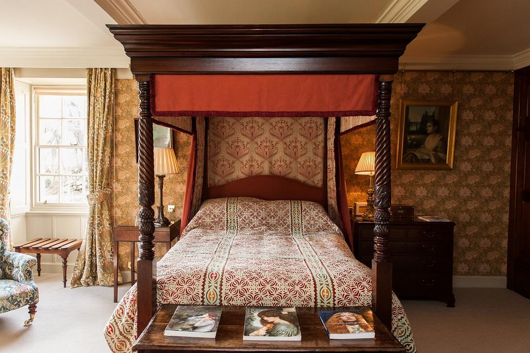 luxury bedroom Aldourie Loch Ness four-poster bed