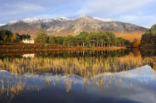 Exclusive Use Holidays - Toward Beinn Eighe
