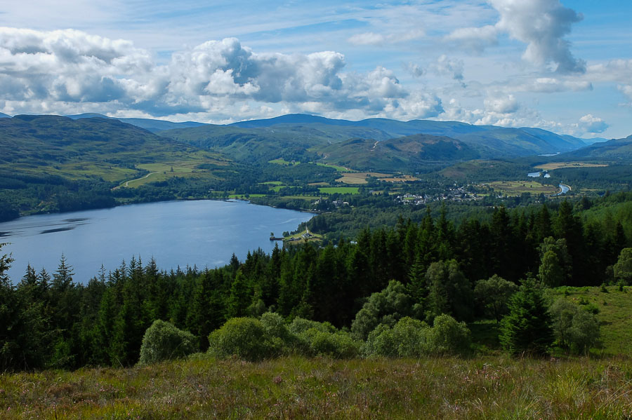 romantic walks in fort augustus - couples holiday on loch ness