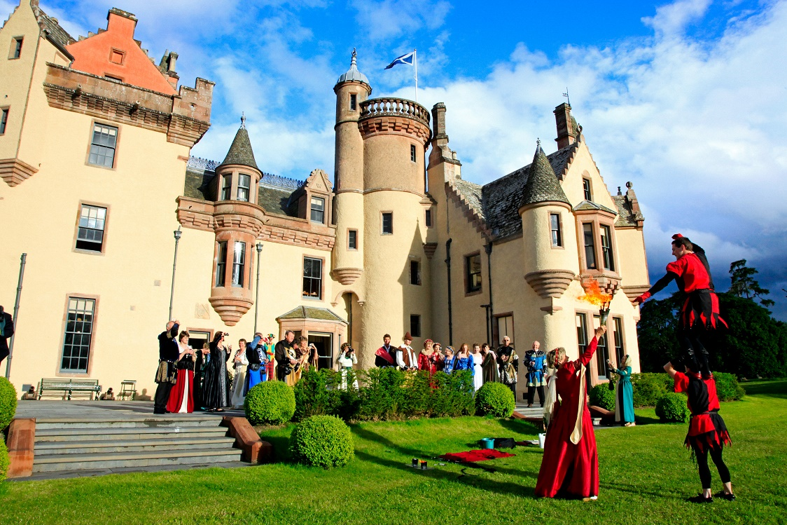 Highland Games in castle grounds